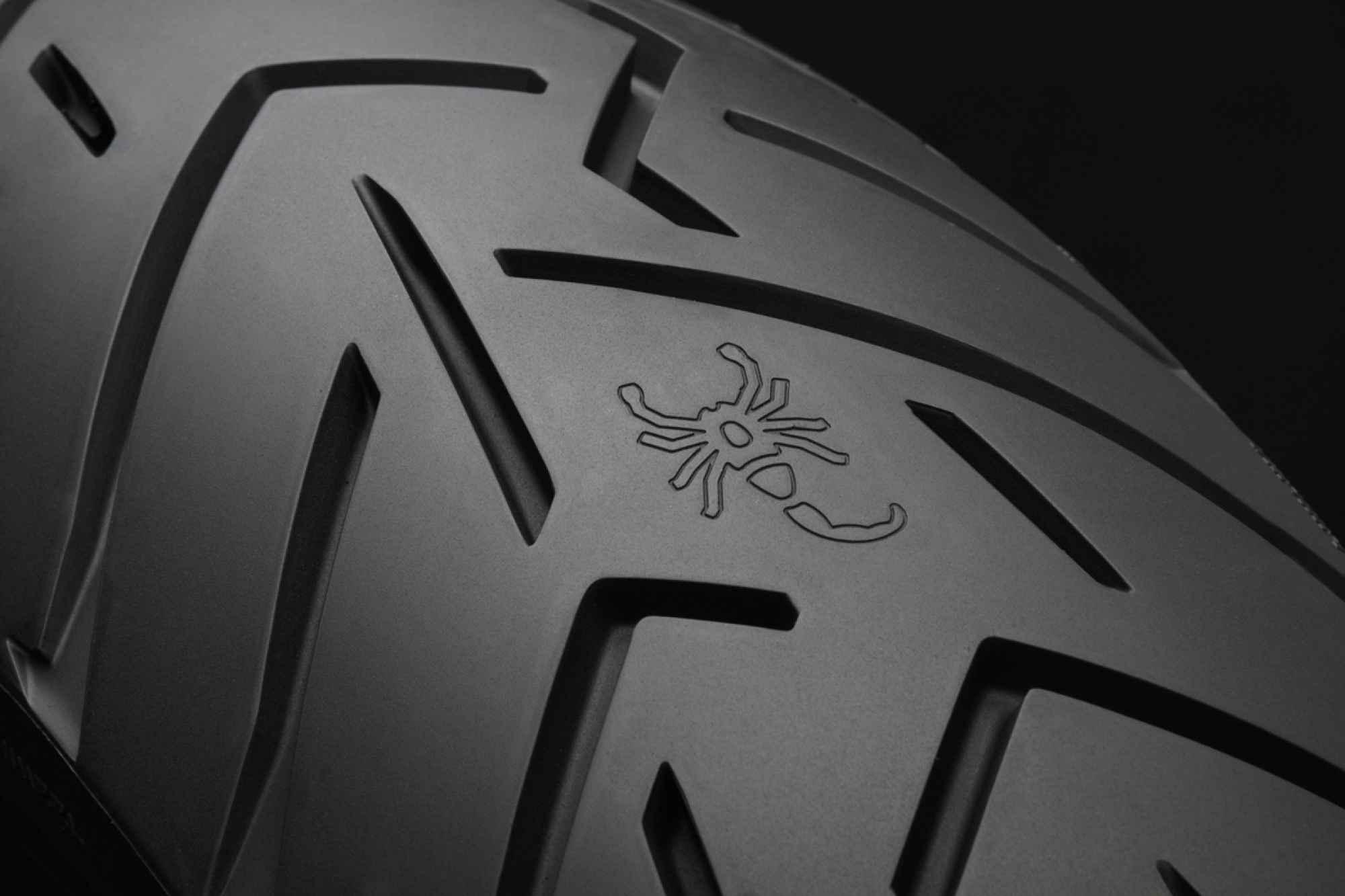 pneu pirelli scorpion trail 2